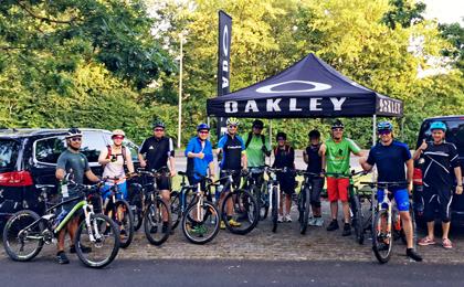 Die Teilnehmer des Oakley After Work Rides